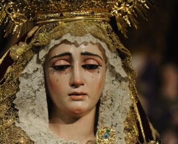 Virgen de la Victoria- hermandad de las Cigarreras